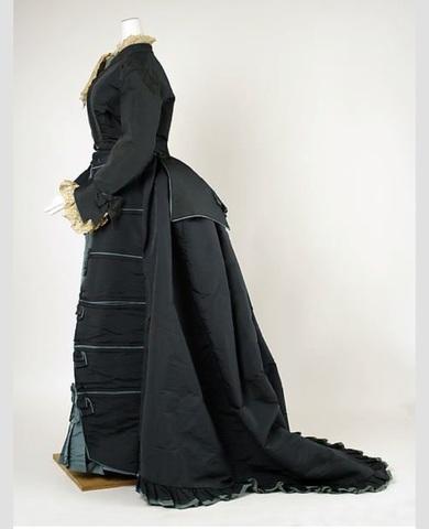 House owner dress