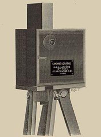 Se inventa el cinematógrafo por los hermanos