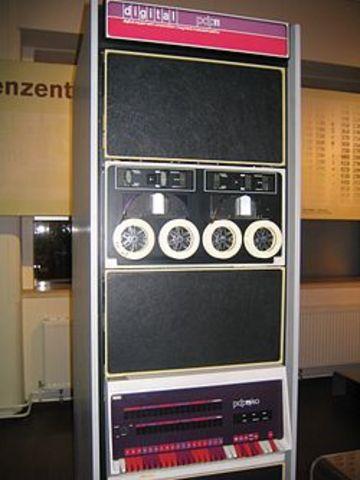 Era electrónica(PDP-11)