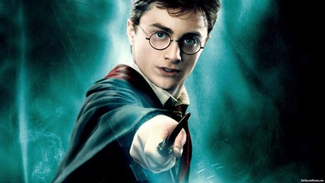 Comença la saga Harry Potter .