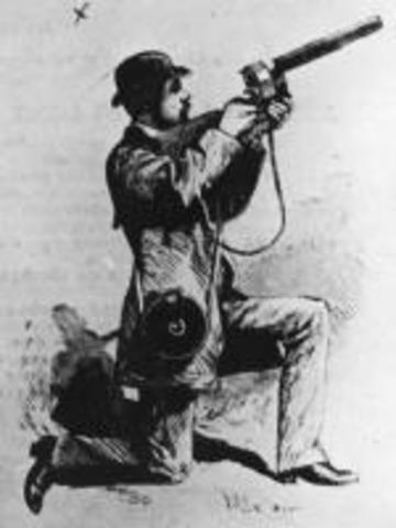 Invención del revólver fotográfico