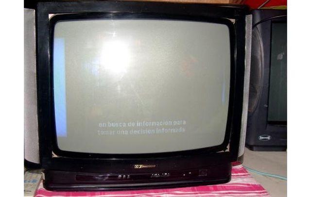 Televisor en color ( Madre)