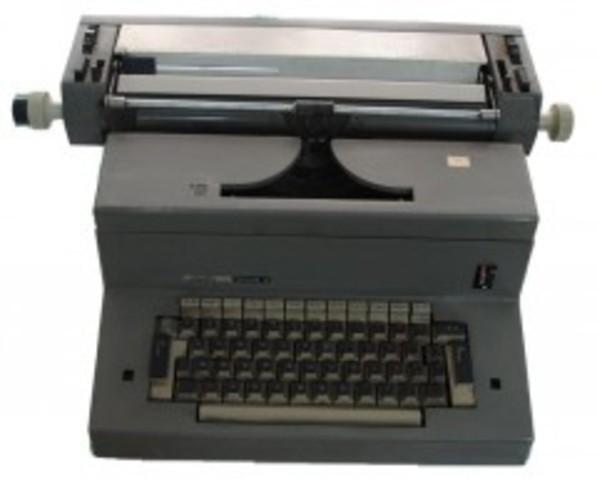 La primera maquina de escribir electrica