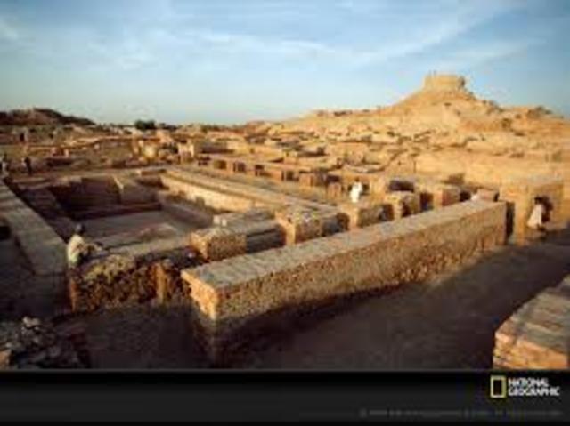Mohenjo - Daro 2600 - 1900 B.C.E.