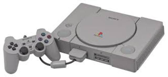 Play Station 1. Tecnología como divertimento: primera consola.