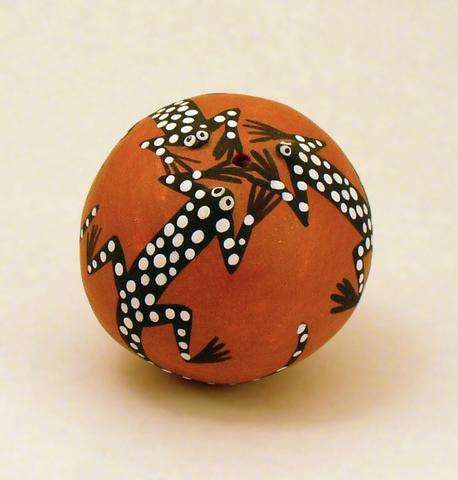 Acoma seed pot