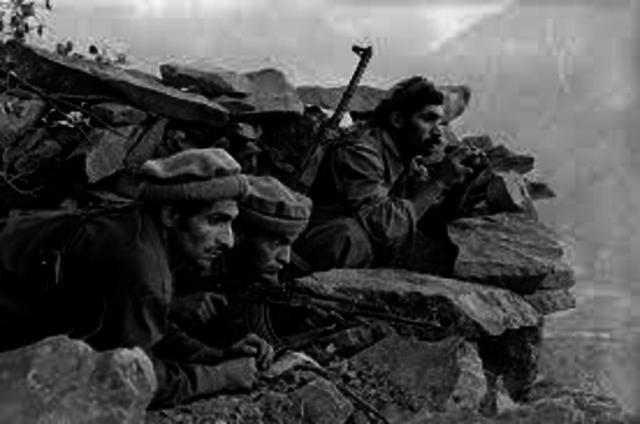 Soviets invade Afganistan