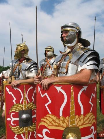 Мирный договор императора Коммода с маркоманами и квадами.