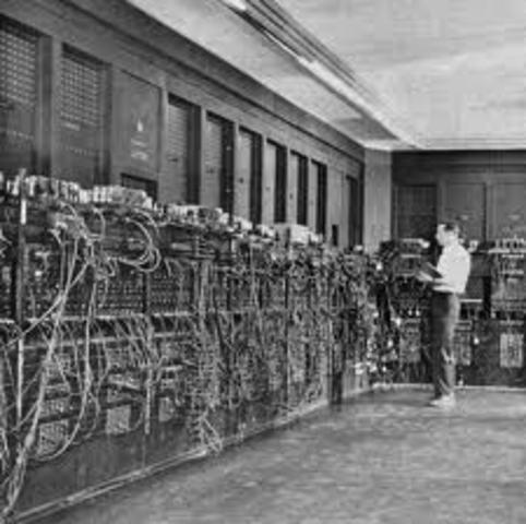 Primera conexión de dos ordenadores mediante una línea telefónica