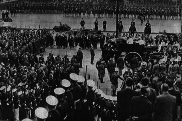 SEGUNDO GOBIERNO DE PERON - 1952