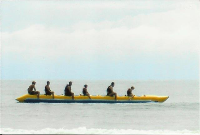 Primeira vez em que Arthur anda de banana boat