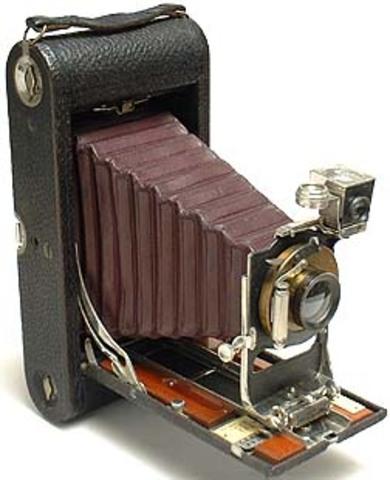 The Kodak Roll-Film Camera