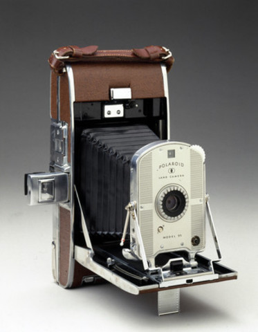 First Instant-Film Camera - Polaroid Model 95