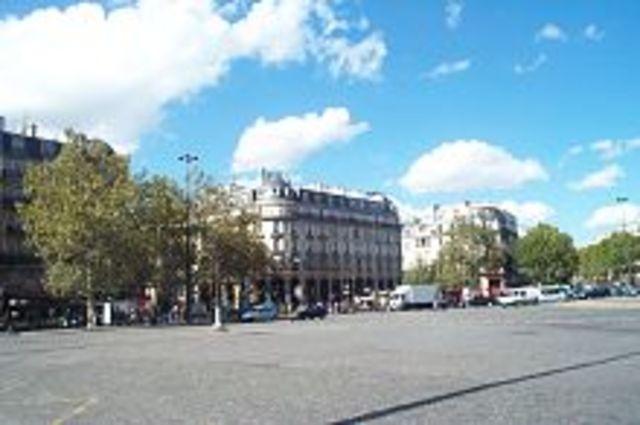 Creación del Banco de Francia y el código de impuestos