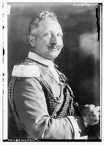 Kaiser Wilhelm II causes trouble in Morocco