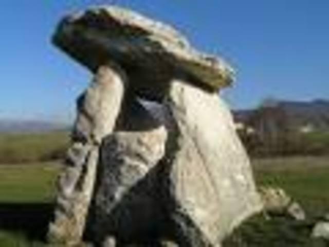 Monumentos megalíticos