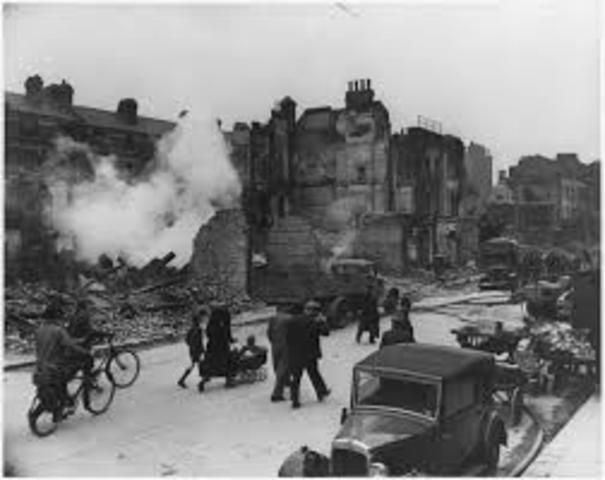 German troops march into Rhineland