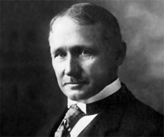 FREDERICK TAYLOR EN EL AÑO 1911