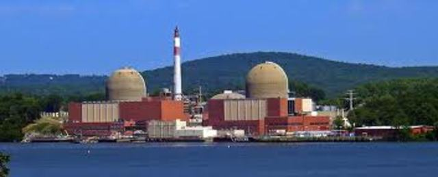 Impacts of a Terrorist Attack at Indian Point Nuclear Power Plant (2004)