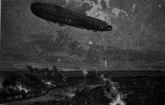 First Air Raid on Britain (Zeppelin)