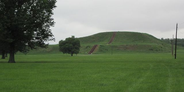 Cahokia Mound was abandoned
