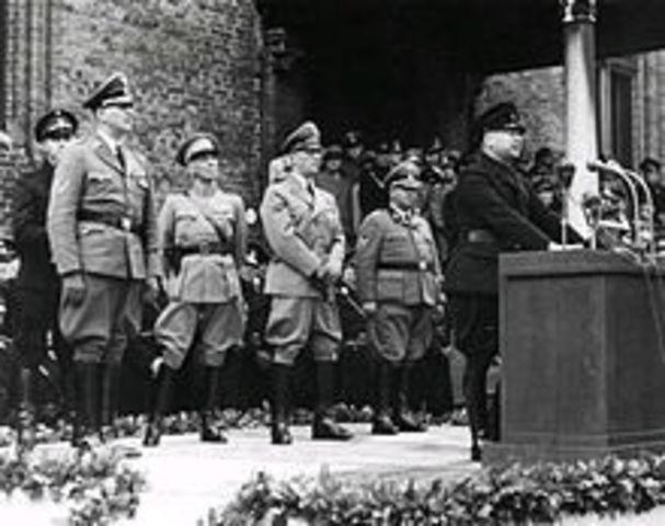 Rauter makes a speech