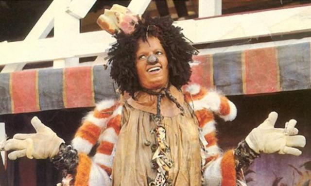 Майкл в экранизации бродвейского мюзикла «Виз»