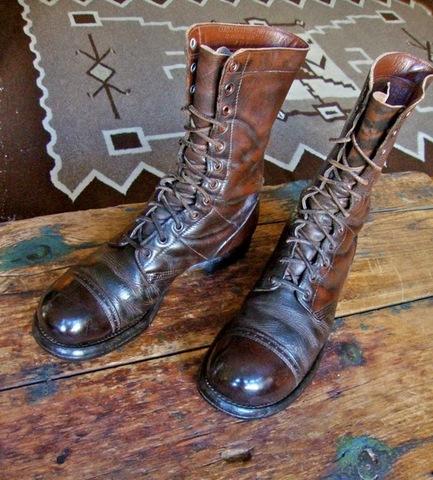 Vladek gets a job as a shoe repairman.