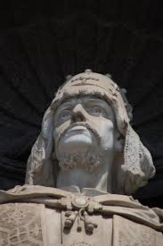 Roger II is crowned King of Sicily, a royal title given him by the Antipope Anacletus II.