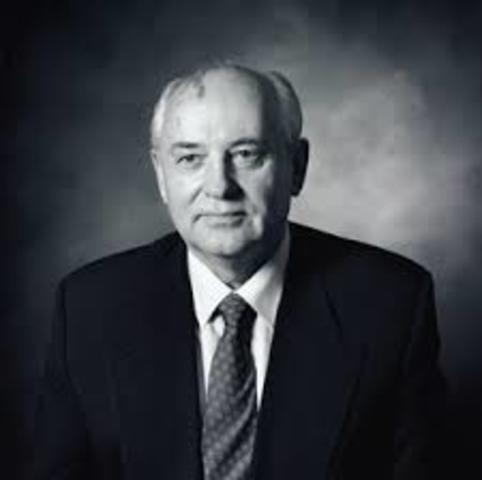 Gorbachev comes to power