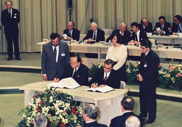 MAastricht Treaty creates European Union (EU)