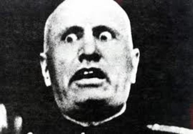 Fascists and Mussolini come to power in Italy