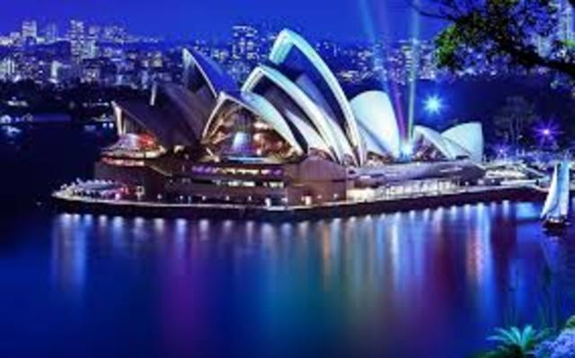 Take flight out of Manila to Sydney