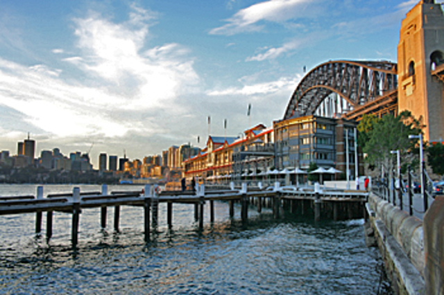 Take cab from the Four Seasons hotel to the Wharf