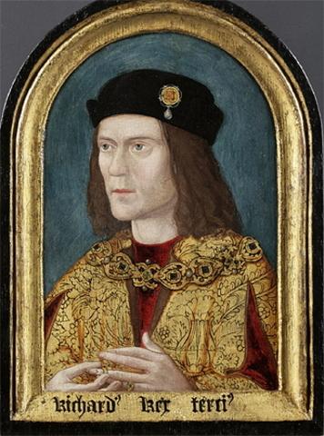 Richard III is killled in battle