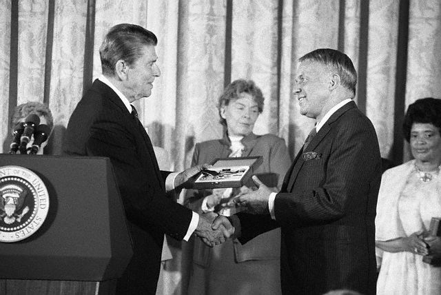 Sinatra getting his Medal of Freedom award.