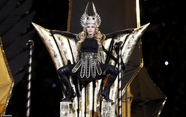She apeared in the 2012 half time show.