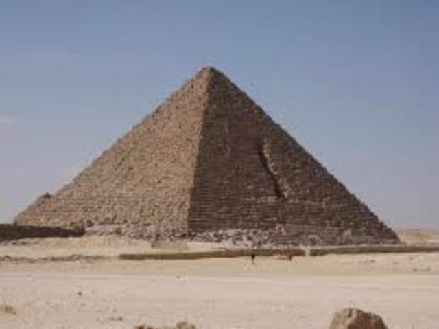 Pirámide de Mikerinos