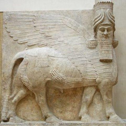 Senaquerib destruye Babilonia y contruye Nínive
