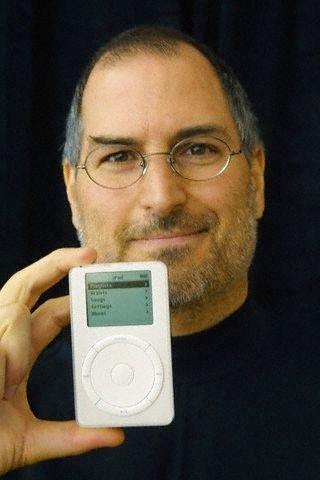 Steve Unveils iPod