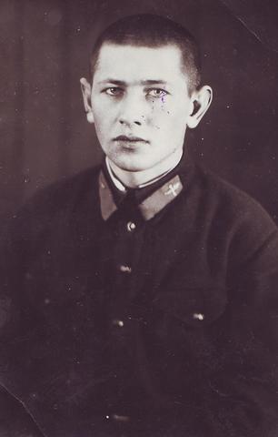 На память папе и маме от сына Бориса Сидельникова