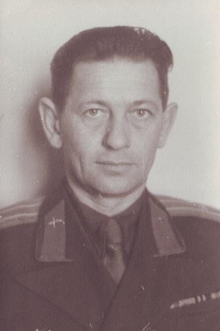 Сидельников Борис Андреевич в звании майора
