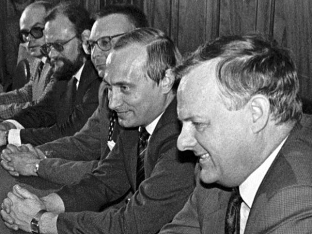 Увольнение из КГБ