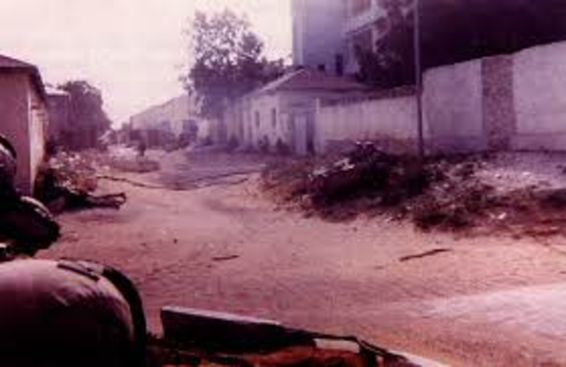 A battle for the streets of Mogadishu, Somalia, a unit of U.S. special operations forces gets pinned down after two U.S. helicopters are shot out of the sky.