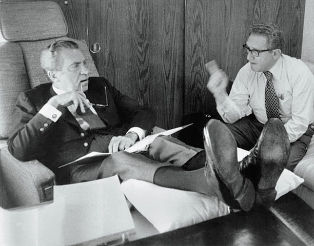 Nixon Proposes Peace