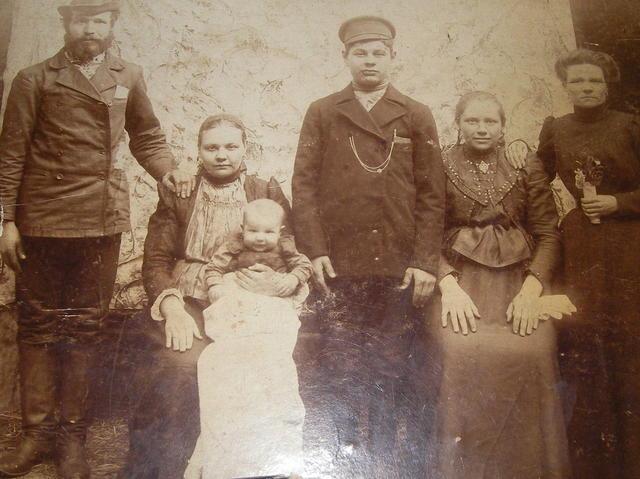Семья Барыбиных(родители Фаины Васильевны)