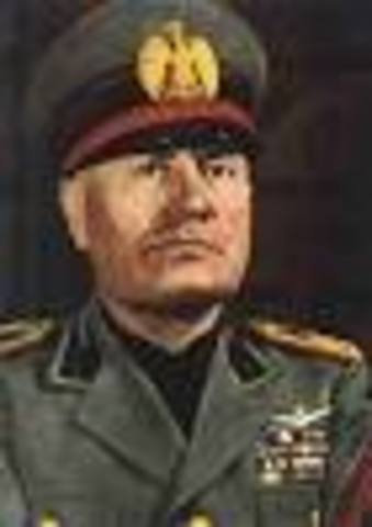 Missolini becomes dictator of Italy