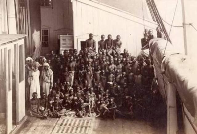 Slaves arrive in the Americas