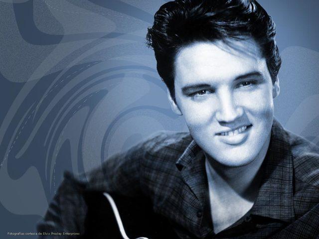 Elvis Debuts