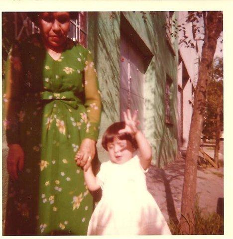 Con mi mami (Anita)